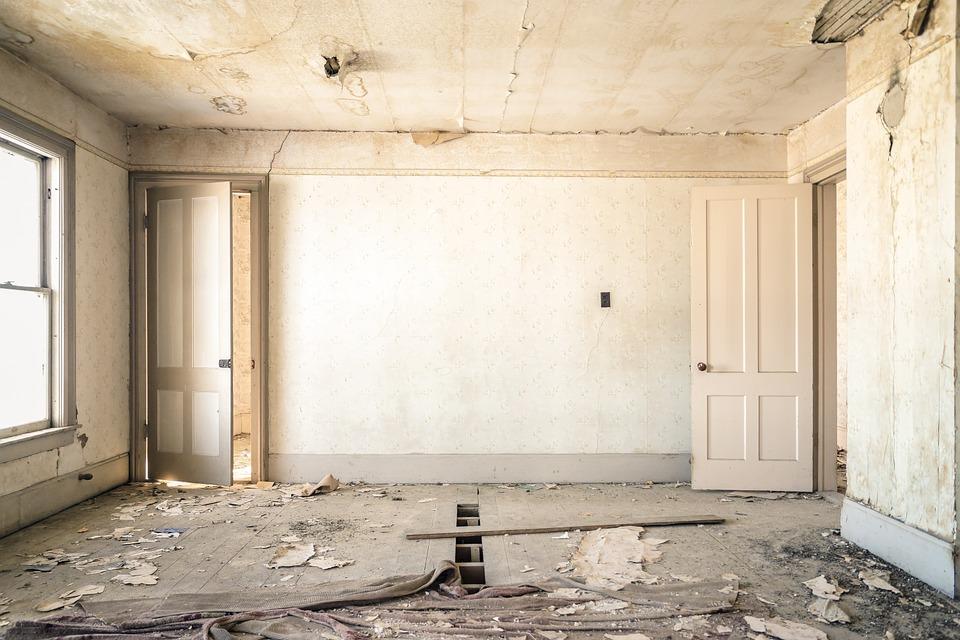 Севастопольцев начнут штрафовать за самовольную перепланировку квартиры