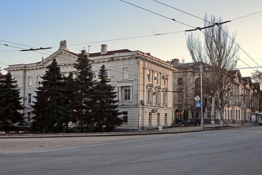В Севастополе напоминают об ограничении движения транспорта в центре города сегодня