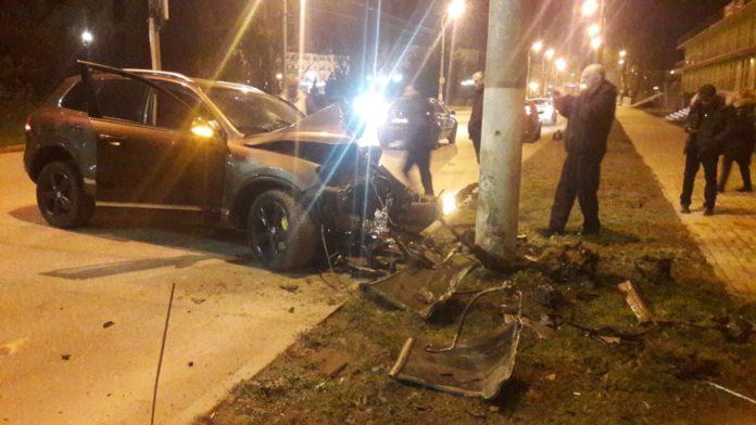 «От машины практически ничего не осталось»: в Керчи произошло страшное ДТП