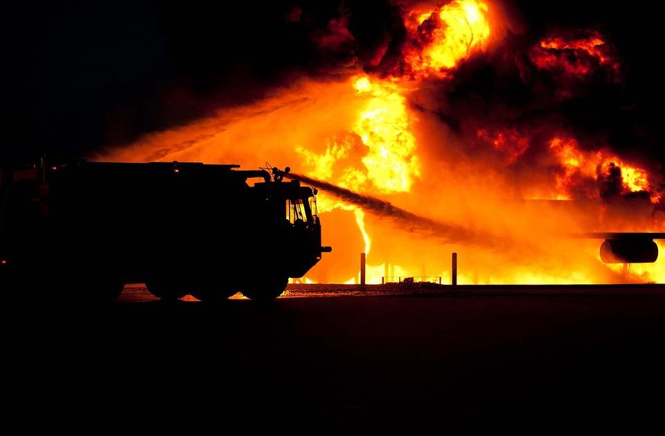 В Севастополе ночью горел склад