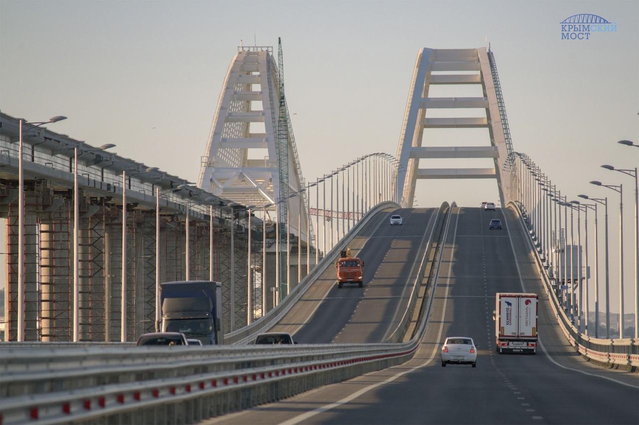 На Крымском мосту могут провести масштабный роллер-пробег