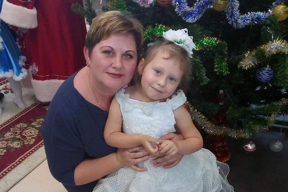 «Боялись, что роддом захватят украинские силовики»: мама первого ребенка Русской весны о событиях 2014 года