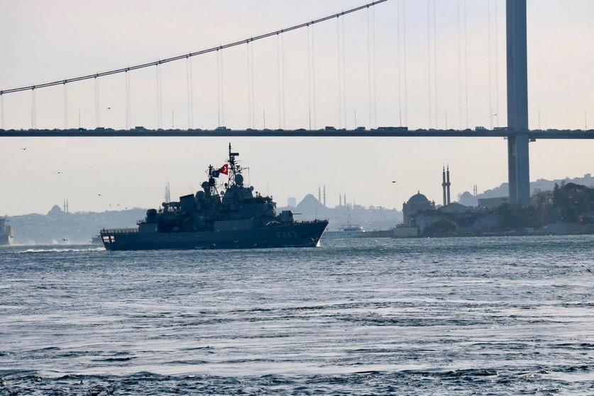 В Крыму предложили ограничить заход кораблей НАТО в Черное море