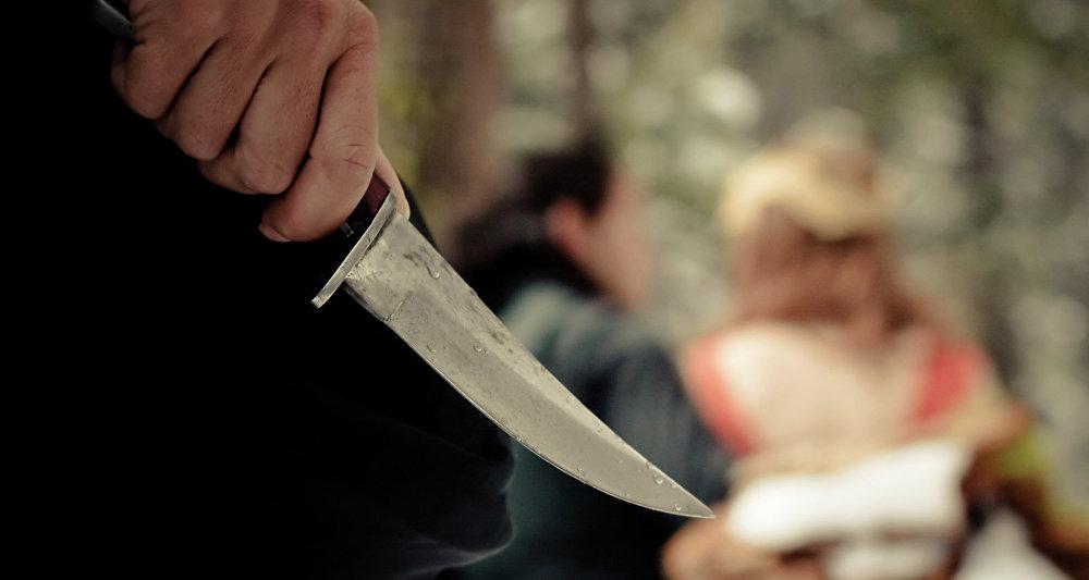 Нанес ребенку 62 удара ножом: сын известного крымского писателя зверски убил свою семью