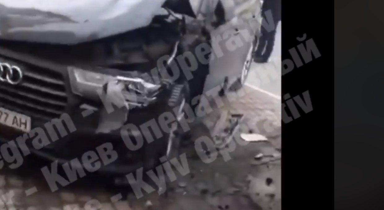 На Украине сообщили о взрыве автомобиля Турчинова