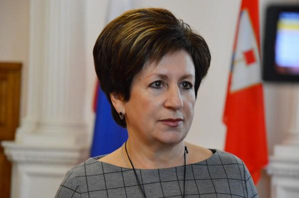 Штраф от 3 до 7 тысяч рублей: севастопольский депутат пояснил ситуацию с розами и Алтабаевой