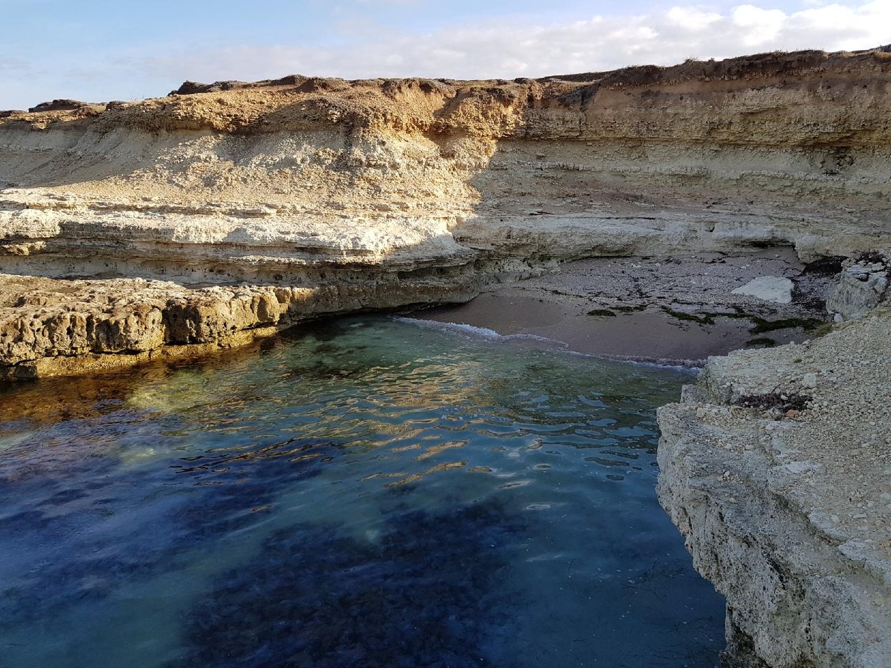 Блог путешественника по Крыму: живописный посёлок Межводное на западном берегу Крыма