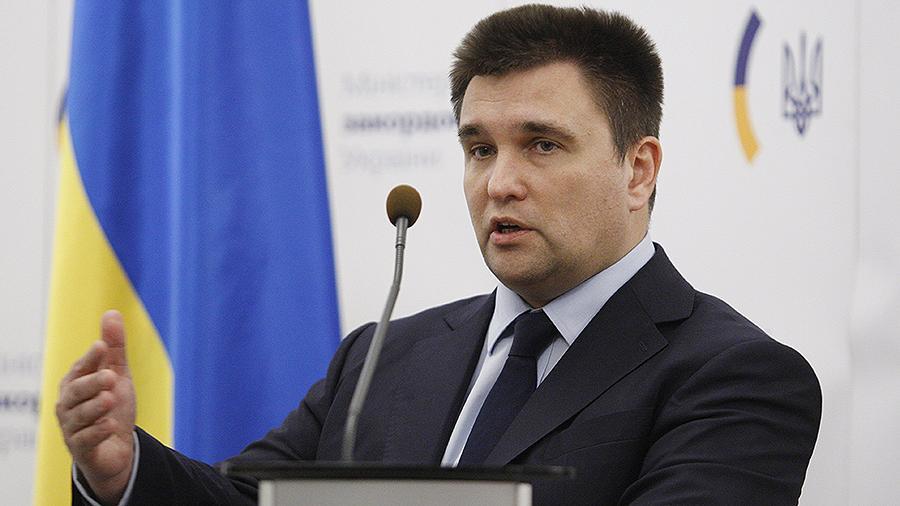 Климкин рассказал, что крымчане ходят на допросы и боятся авторитетов