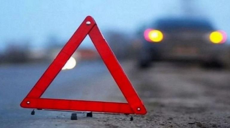 В Севастополе водитель сбил девушку на переходе и скрылся с места ДТП