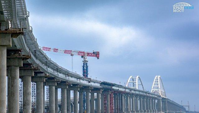 На Украине заявили, что Крымский мост «рухнет» после запуска железнодорожного сообщения