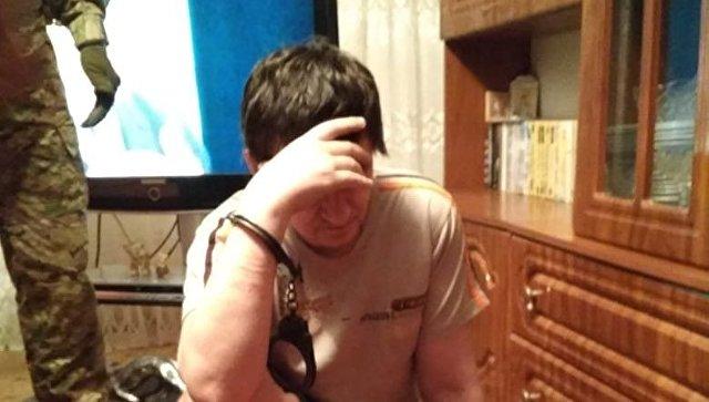 Шприцы, свертки с твердым веществом: в Крыму выявили наркопритон