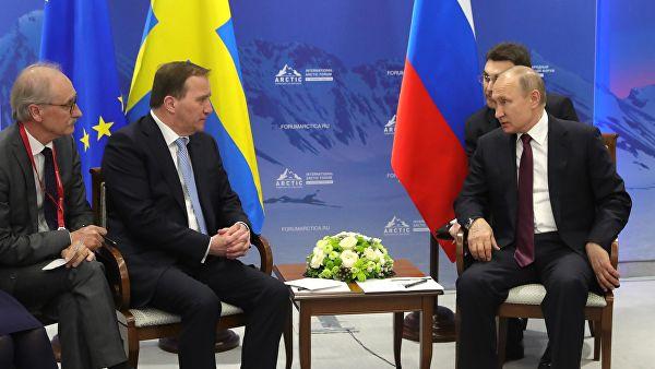 Путин назвал «бандитом» поправившего его переводчика