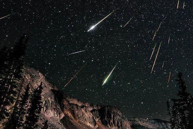 Сегодня в ночном небе крымчане увидят весенний звездопад Лириды