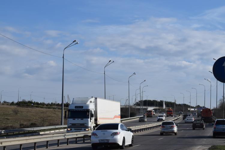 Севастопольцы определили перечень дорог для капитального и текущего ремонта