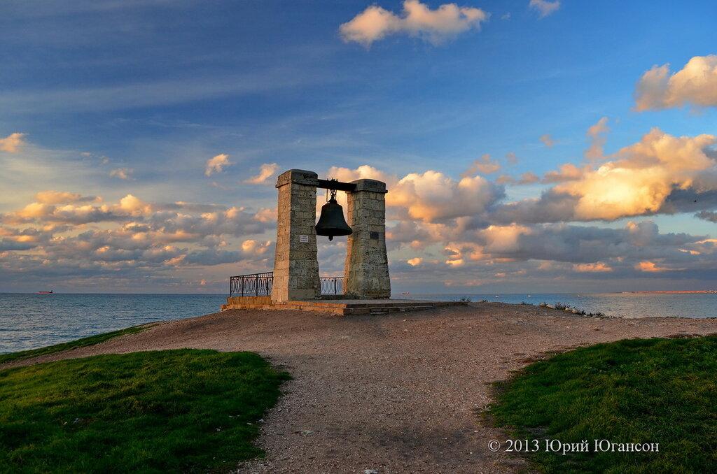 В Херсонесе зазвонил колокол, который привезли из Нотр-Дама