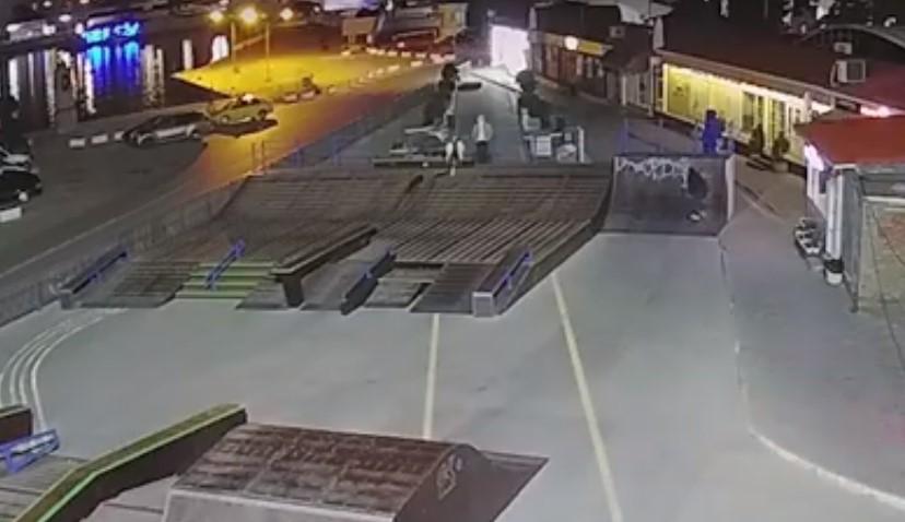 Новый скейтпарк в Севастополе уже «пометили» горе-художники