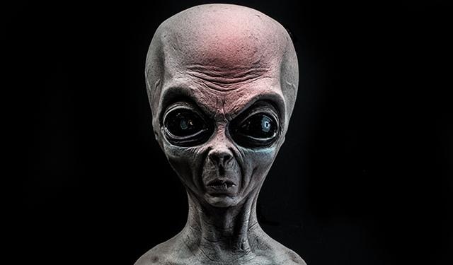 Ученые из Оксфорда рассказали о живущих среди людей инопланетянах