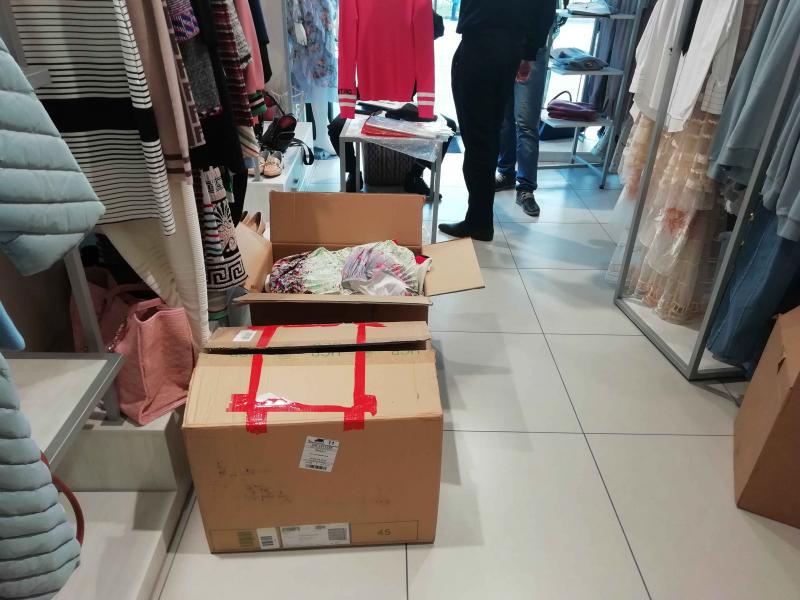 В Ялте изъяли «брендовую» одежду на 10 млн рублей