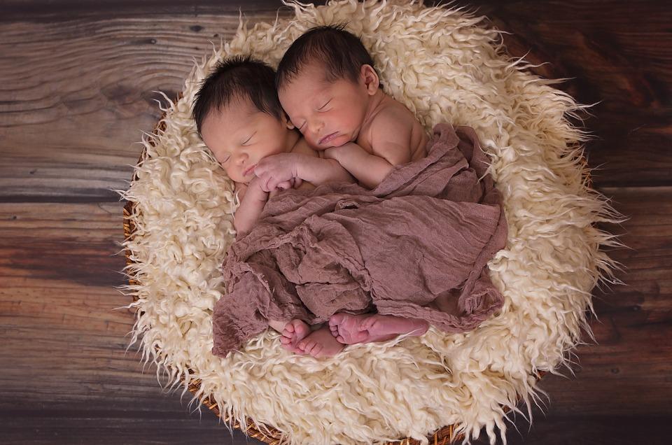 Тройня и десять двоен родились в Симферополе с начала года