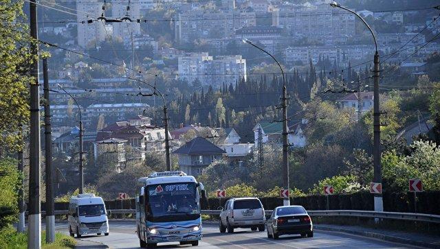 Где летом ждать больших пробок в Крыму – список дорог