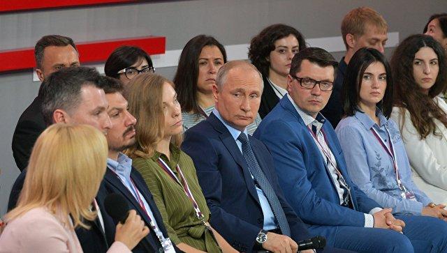 Путин прокомментировал проблему с торговыми сетями в Крыму