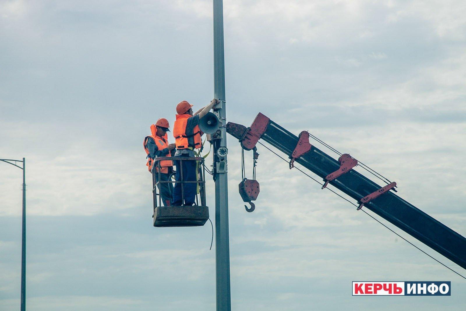 На Крымском мосту устанавливают камеры