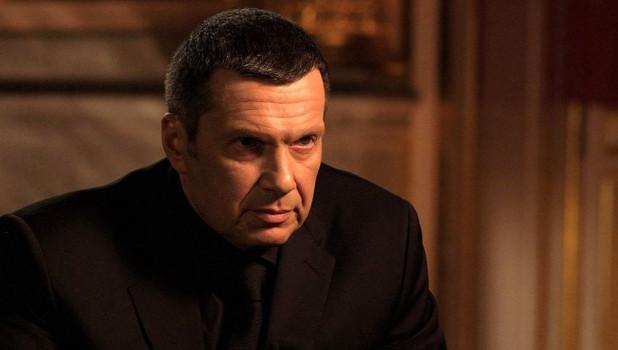 «Пошел вон отсюда!»: украинского эксперта выгнали из студии за слова о Бандере