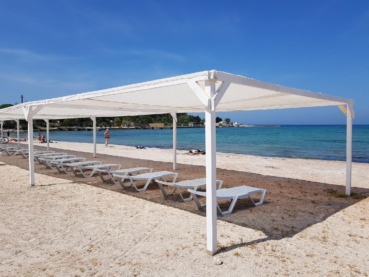 Как выглядит пляж «Омега» в Севастополе перед началом летнего сезона