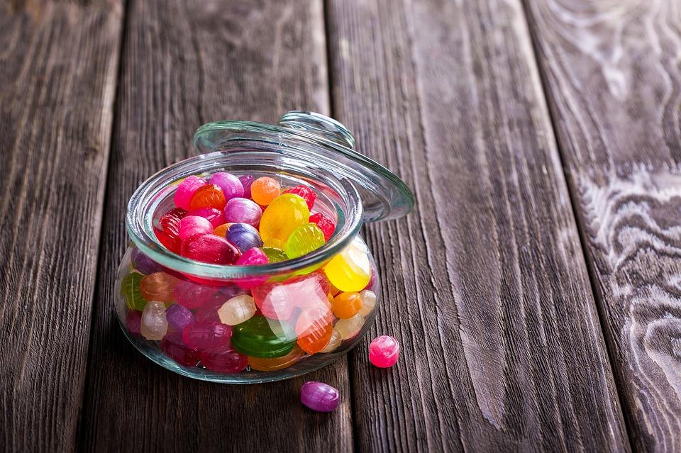 Сибирский школьник отравил одноклассников крысиным ядом под видом конфет