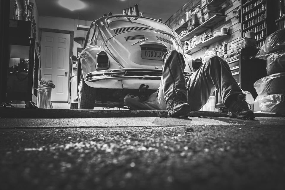 Крымский подросток покончил с собой в гараже из-за угроз и унижений
