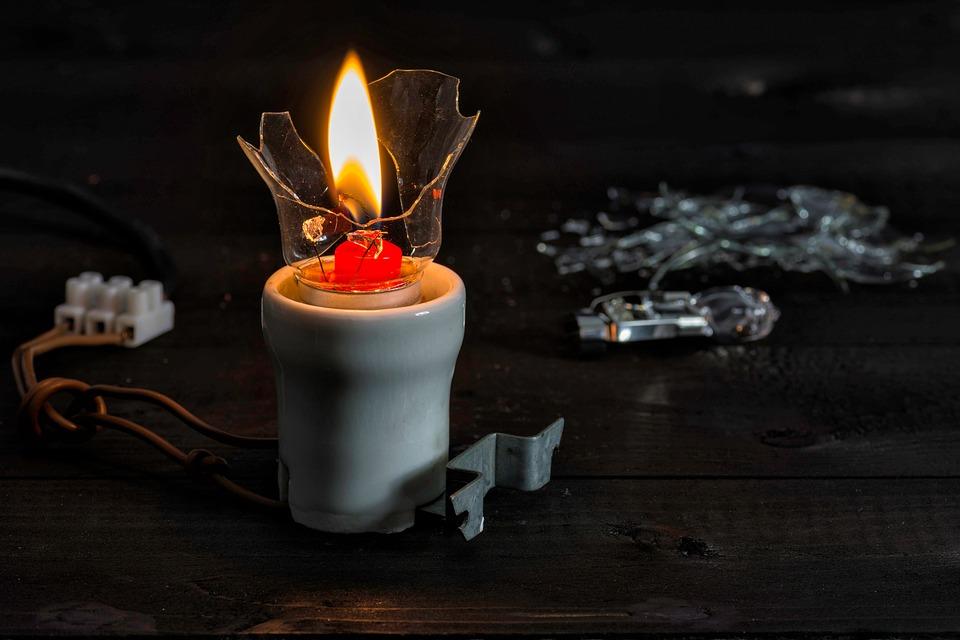 В Севастополе до вечера отключат электроэнергию — адреса