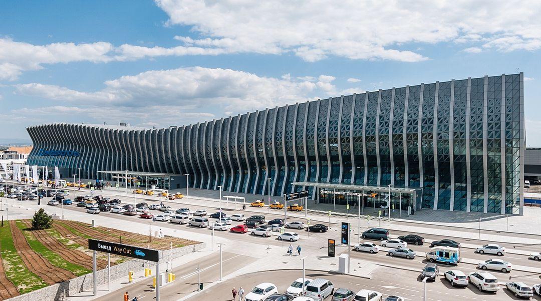 Аксенов рассказал, когда аэропорт Симферополя начнет принимать международные рейсы
