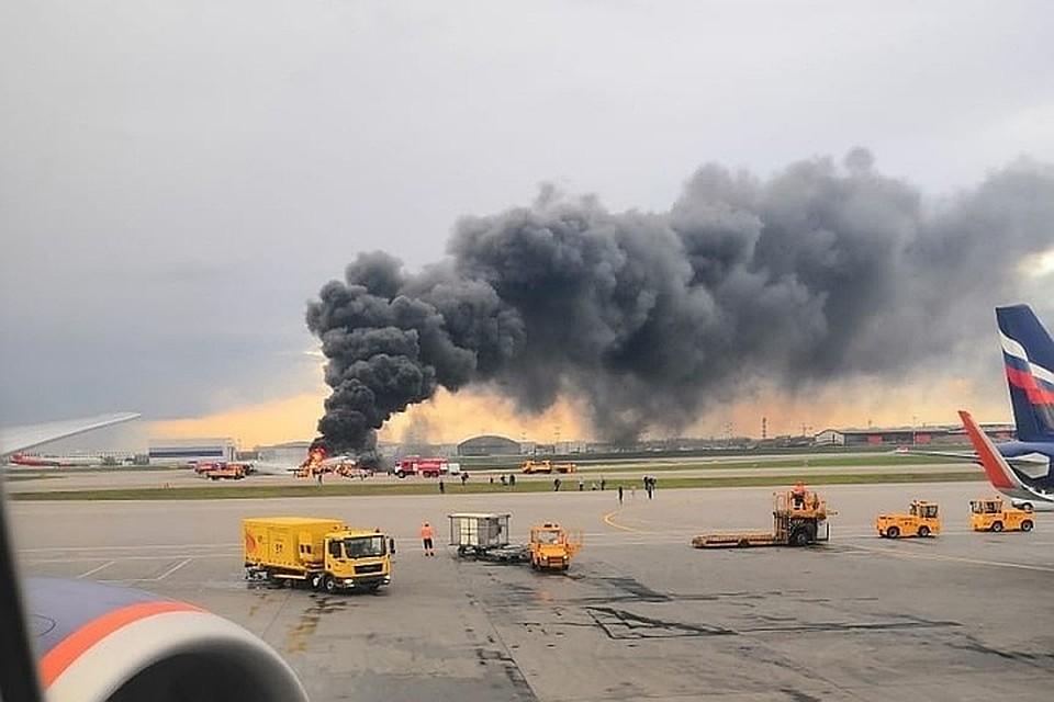 Сажавший горящий самолет в Шереметьево диспетчер родился в Крыму
