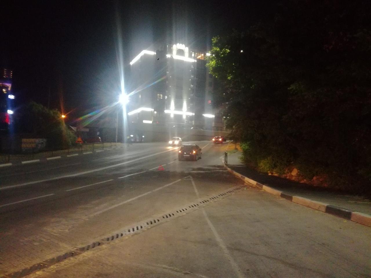 «Это фиаско»: в Севастополе два мужчины скрылись с места ДТП, оставив свои документы