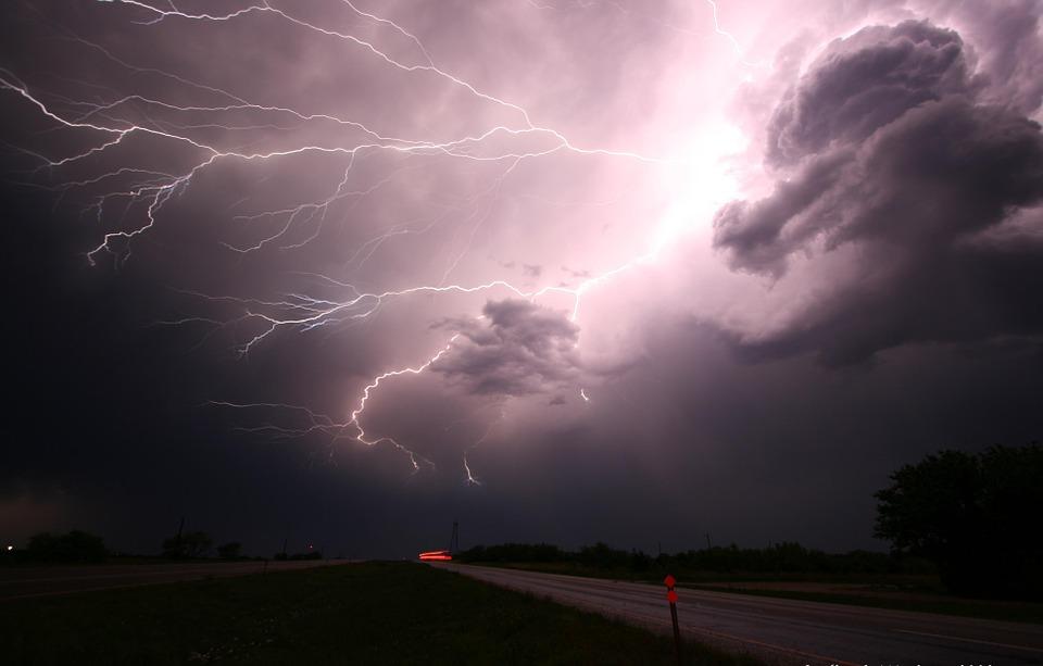 Синоптики предупреждают о дождях с грозами и ветре (прогноз погоды на 19 — 21 мая)