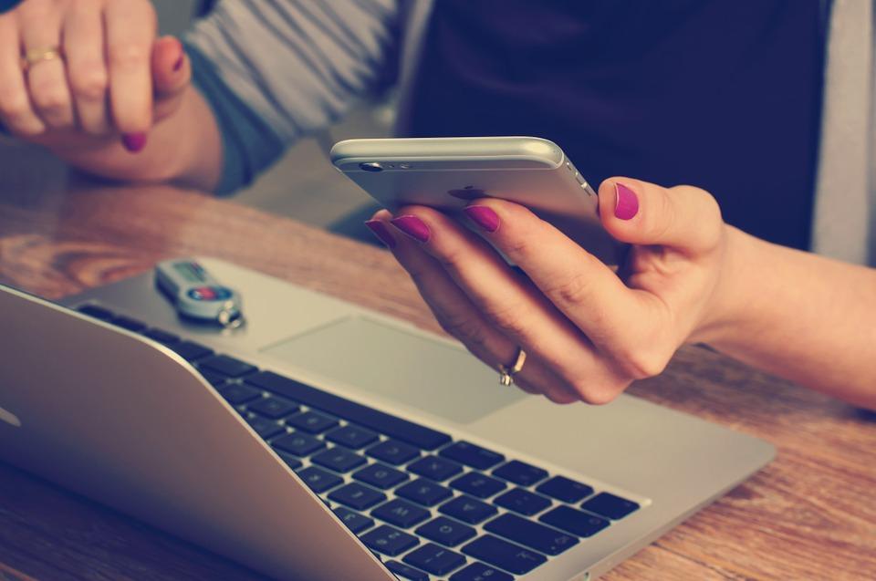 Названы вредные привычки пользователей, которые «убивают»смартфоны