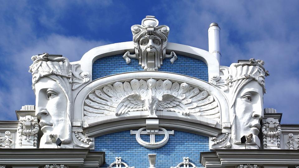 Экс-мэр Риги призвал готовиться к отмене санкций против России