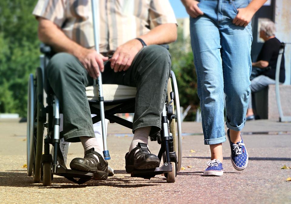 В России упростят правила признания людей инвалидами