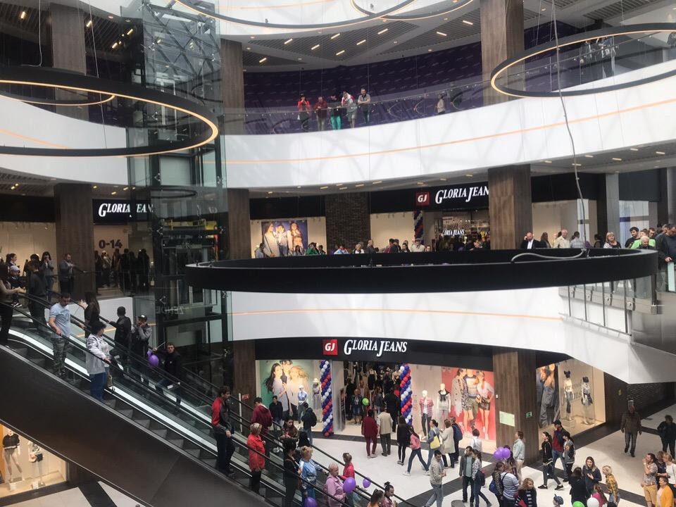 Как выглядит внутри новый ТЦ «Лаванда Mall» в Севастополе
