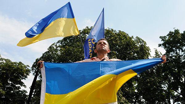 В Греции украинцев выгнали из отеля из-за флагов УПА*