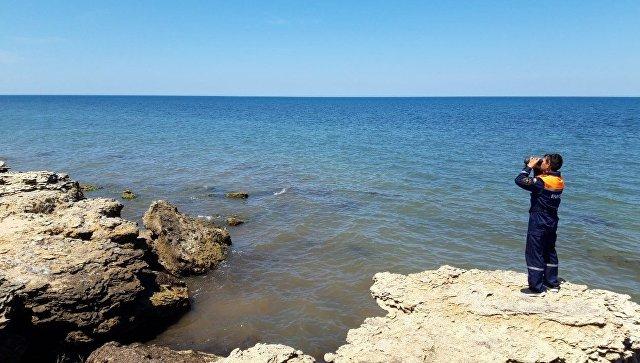 Поиски пропавшего три дня назад аквалангиста на западе Крыма приостановлены
