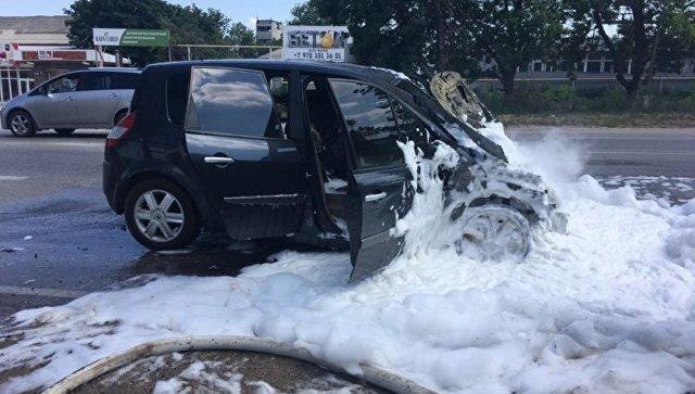 В Крыму на ходу сгорел автомобиль
