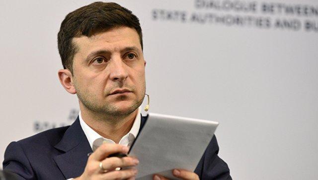 Зеленский попросил Путина освободить украинских моряков