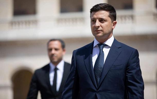 Раскрыт размер первой зарплаты президента Зеленского