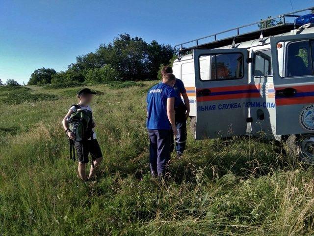 В горах Крыма спасли попавшую в беду туристку