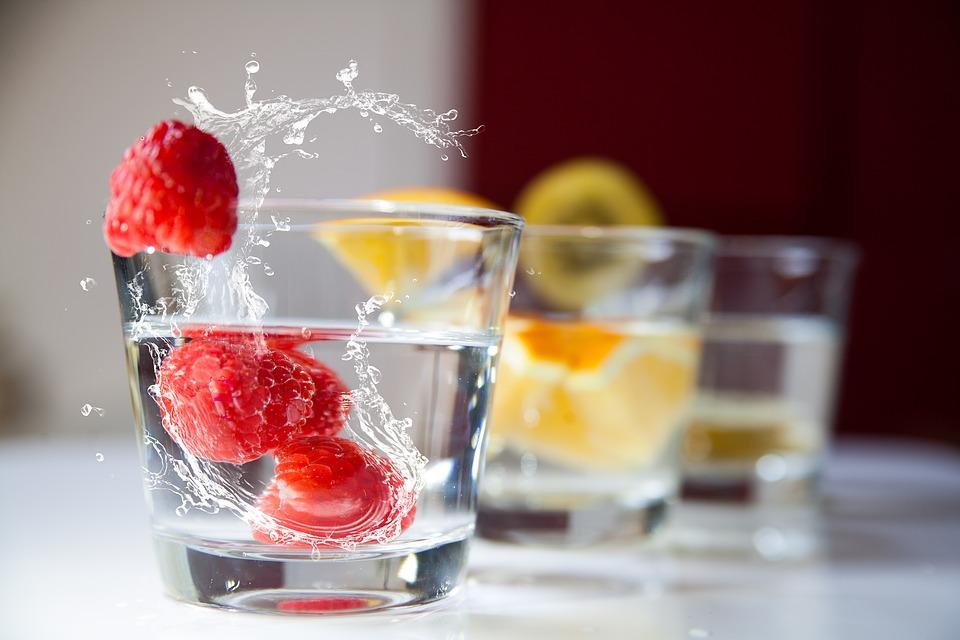 Врачи назвали пять напитков, о которых стоит забыть навсегда