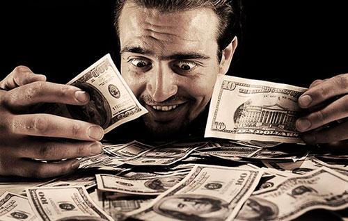 Олигарх из Севастополя не инвестирует в Крым сам и не дает другим