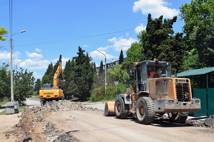 Как идет ремонт дороги на улице Ерошенко и когда он завершится