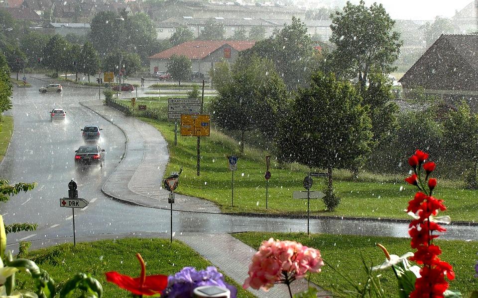 Тропические воздушные массы принесут в Крым дожди с грозами: прогноз погоды
