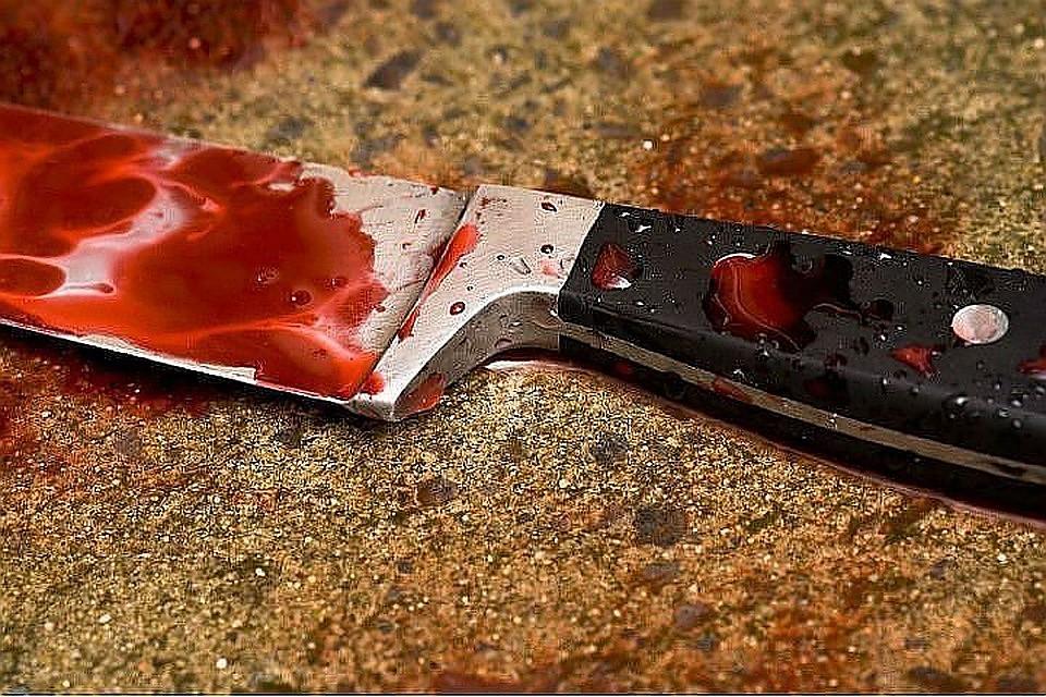 В Симферополе мужчина всадил нож в грудь собутыльника